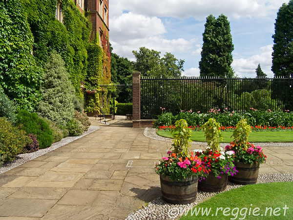 Flower pots, Old Court, Selwyn College, Cambridge, England