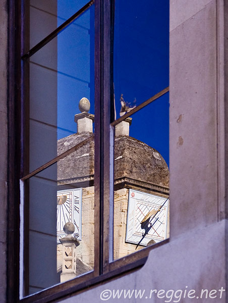 Caius College sundials in reflection