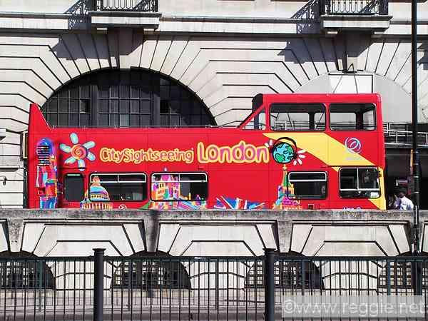 London sightseeing bus, Madame Tussaud\'s, London, England, photo